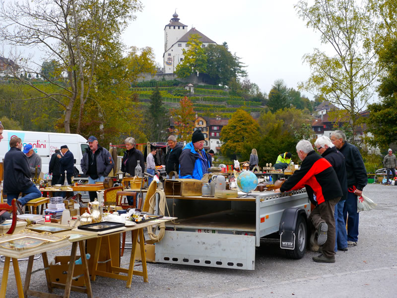 Floh– und Antiquitätenmarkt @ Marktplatz Werdenberg