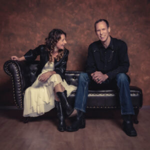 LIVE: Suzie & Roger @ d'Gass